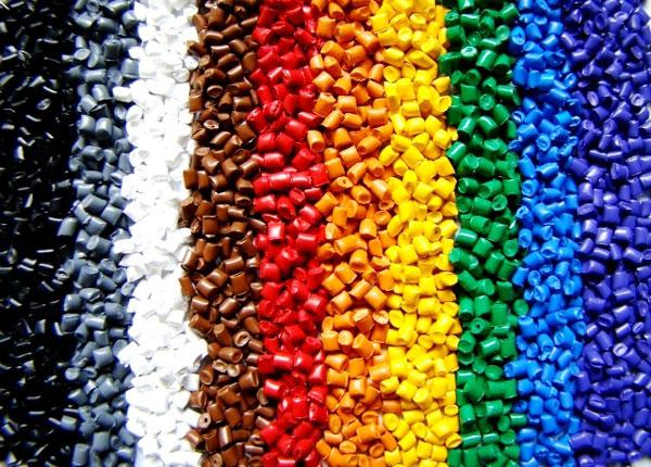 Những điều cần chú ý khi chọn mua nội thất nhựa và cách bảo quản